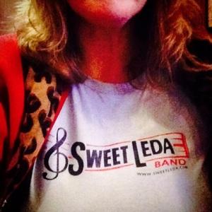 sweetLeda_tshirt